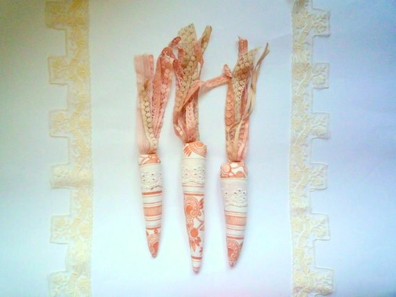 Carrots  soft sculptures ,   bunch of 3 , home decor by Wassupbrothers, boho, lacy vegetables , eyelet natural neutrals, wedding decor
