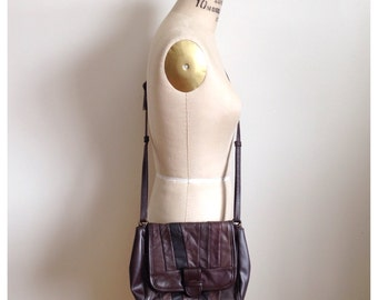 Vintage 1980s brown pleather patchwork shoulder purse