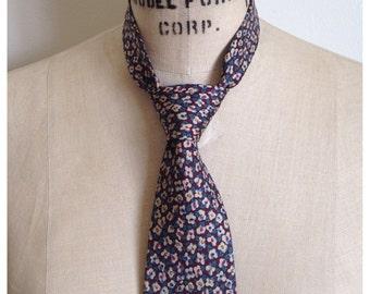 Vintage 1990s floral silk tie