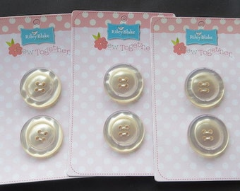 "Riley Blake Sew Together 1.5"" Round Pearl Buttons - Cream"