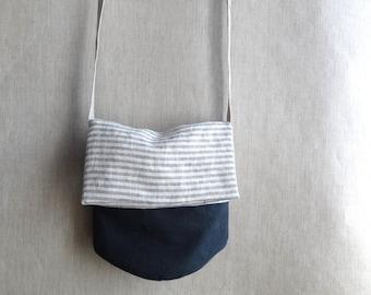 Round bottomed small bag gray stripe + dark blue  linen