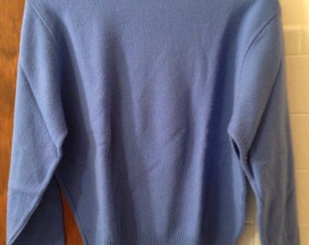 Vintage light blue periwinkle Pendleton wool turtleneck sweater large
