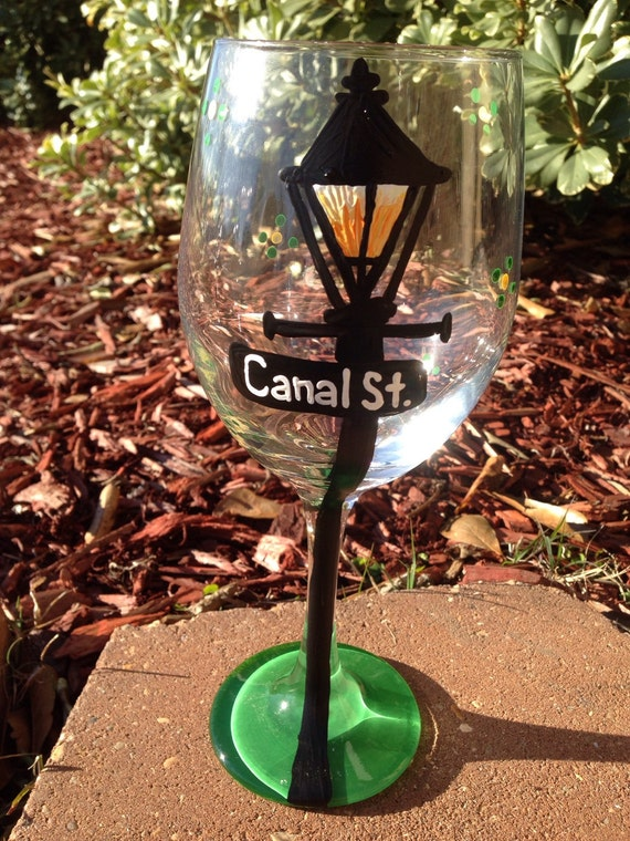 new orleans lamp post street signs Painted Glasses Dishwasher safe Painted Wineglass New Orleans Louisiana