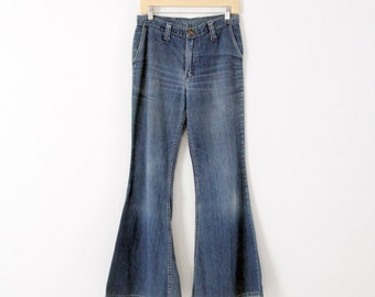 1970s Wrangler high waist bell bottom jeans, waist 30