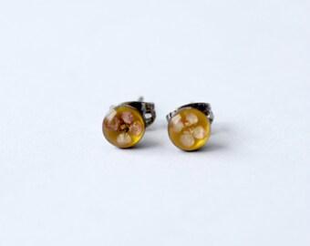 vintage pressed flower stud earrings