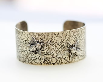 Bee Flower Bracelet,best firend Bracelet,Silver Leaf Jewelry,Fall Leaf Jewelry,Summer,Bride,Wedding.
