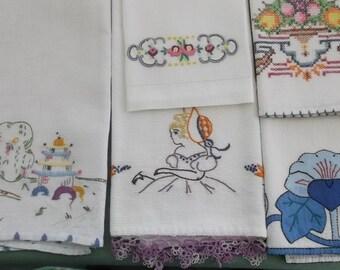 Vintage Towels 5 Piece Assortment, Guest Towels, Fingertip Towels