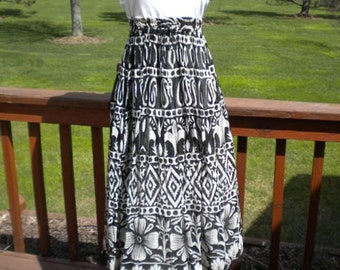 Vintage Black And Off White  Gauze  Hippie Woodstock  Flower Child Skirt