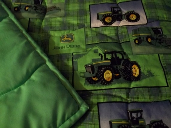 Couette john deere meuble de salon contemporain for Lit tracteur