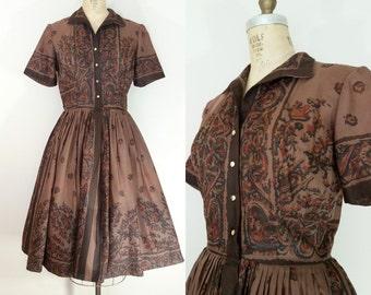 1950s Dress // L'Aiglon Brown Floral Dress // Vintage 50s Cotton Dress // Brown // Medium