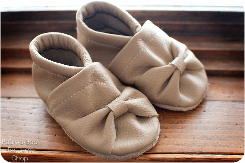 Tiny Toes Soft Sole Shoes Pattern: Baby Booties Crib Shoes