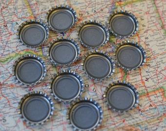 "90 Metal Flat Beer Silver Bottle Caps 1"" Embelishment Jewelry New"
