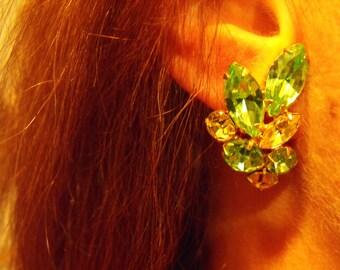 Vintage mid century Peridot rhinestone clip earrings  green crystal earrings