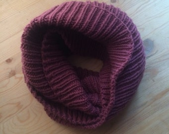 Rin knit infinity scarf in dusty rose