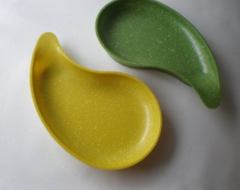 Great Pair of Plastic Bowls