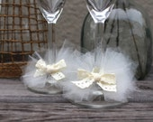 Shabby Chic Tulle Lace Wedding glasses charms in ivory, vintage rustic toasting flutes decoration, champagne glasses charms