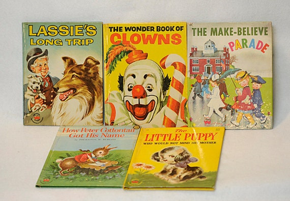 5 Wonder Washable Covers Books.. 1940's-1950's.. Lassie, Clowns, Parade, Peter Cottontail & puppy