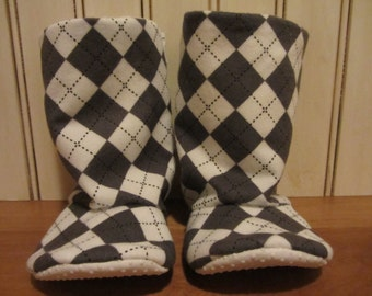 baby boy soft boots- gray and white argyle print- warm minky