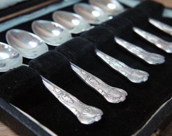 Spoons Antique Boxed Set of Tea Spoons Silver Plated
