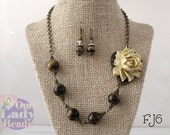 Tiger's Eye Necklace, Beige Resin Flower Pendant Necklace, Free Earrings, Fashion Necklace with Earrings,#FJ6