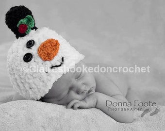 Fluffy snowman baby hat, Christmas gift, photography prop, baby shower gift