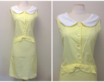 Vintage 1960s Yellow Sleeveless Dress with Peter Pan Collar Pearlized Buttons 60s