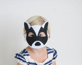 igel maske von oppositeoffar auf etsy. Black Bedroom Furniture Sets. Home Design Ideas