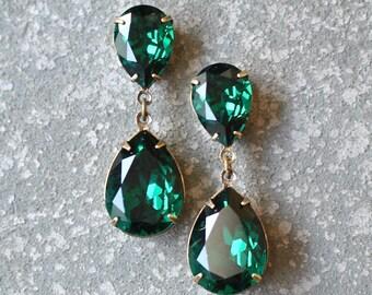 Emerald Earrings Swarovski Crystal Emerald Green Rhinestone Earrings Post or Clip on Tear Drop Earrings Duchess Hourglass Mashugana
