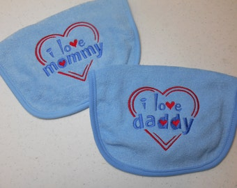 Baby Bibs Set of 2 Bibs I love Mommy I love Daddy Embroidered Baby Boy Bibs Baby Shower Gift Idea for Baby
