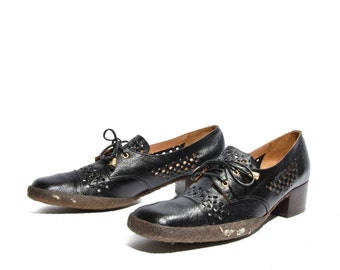 9.5 N | 70's Vintage Sesto Meucci Oxford Pumps Cap Toe Crepe Soles Black Leather & Raffia NOS Women Shoe