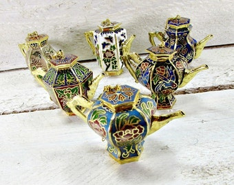 Vintage Miniature Teapot, Chinese Cloisonne Enamel Teapot, Asian Teapot, Brass Teapot, Floral Flower Teapot, 1970s Oriental Asian Home Decor