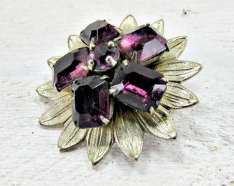 Vintage Purple Rhinestone Brooch Pin, Rhinestone Flower Brooch, Gold Flower Brooch Brooch, 1950s 1960s Vintage Mad Men Costume Jewelry