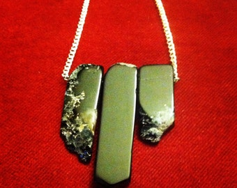 Black Agate Crystal Row Necklace
