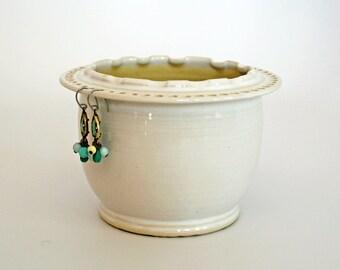 Yellow & White Ruffled Rim Earring and Jewelry Bowl