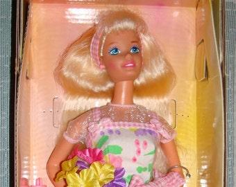 Barbies Avon Exclucive Spring petals 1996
