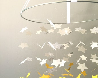 The Golden Sun Star Graduated Mobile  // Nursery Decor, Photo Prop, Baby Shower Gift,Crib Mobile.