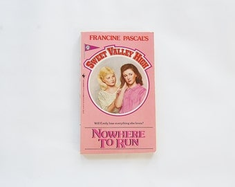 Sweet Valley High, Nowhere To Run Book, Francine Pascal, 1980's Teen Books, Fairy Kei, 80's Young Adult Books