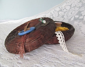 1930s Vintage Sewing Basket Round Natural Woven Asian Sewing Notions Wicker Reed or Pine Needle Basket