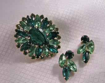 Opulent Juliana Green Teardrop Glass Brooch and Matching Clip Earrings