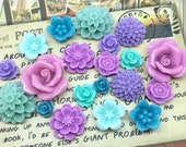 20x Resin Flower Cabochons - Purple/Teal