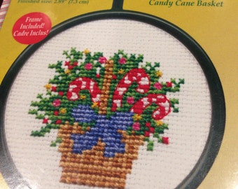 Mini cross stitch kit candy cane basket 2.89 inches complete new