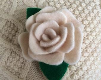 White Wool Rose Pin