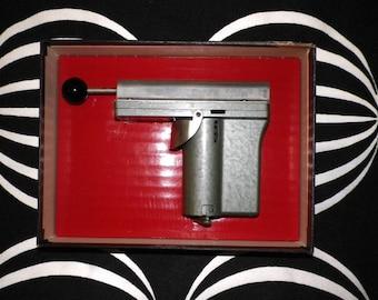 RARE Turnpike Toll Gun Vintage 1960s 60s MOD space age SciFi Movie Ray Gun Star Trek James Bond 007 Style