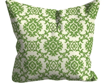 Green Outdoor Pillows, Green Throw Pillows,Patio Decor, Throw Pillows, Patio Pillows, Outdoor Medallion Pillows, Pillow Covers