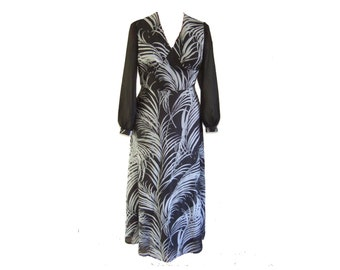 """UK 14 Vintage 1970's black and white wild grass print maxi dress with sheer long sleeves EU 42 B38"""""""