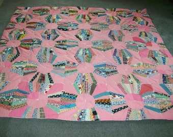 Vintage Fabic Balloon Pattern Quilt- 82 Inches square-FREE SHIPPING
