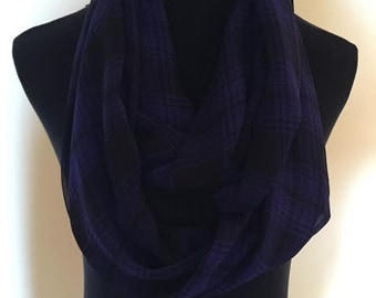 New Long Lightweight Purple and Black Lined Checkered Infinity Scarf