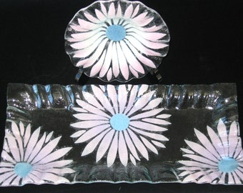 Sydenstricker Fused Art Glass Lavender Floral Daisy or Sunflower Tray & Matching Bowl Dish Set