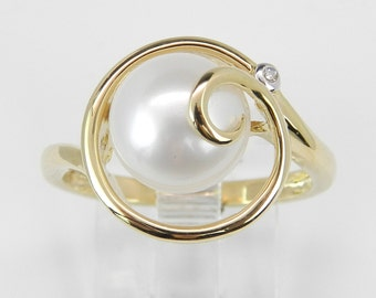 Vintage Estate Yellow Gold Solitaire Pearl and Diamond Twist Ring Size 7