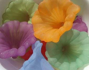35mm*41mm*35mm, 5CT, Large Mixrd Colored Frosted Lilly beads,  Perfect for making oranaments, Acrylic Beads, J4